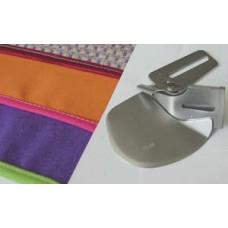 Улитка Merrylock для двойной подгибки ленты или косой бейки (28мм) B0421S03A-E
