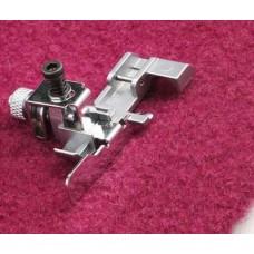 Лапка Pfaff для потайной подгибки и кружева 620117-796