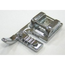 Лапка Janome для пришивания 3-х шнуров арт. 743813008