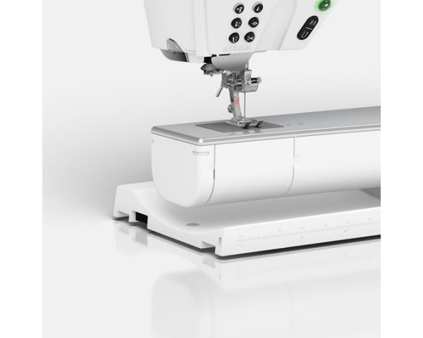 Bernina B880 Plus